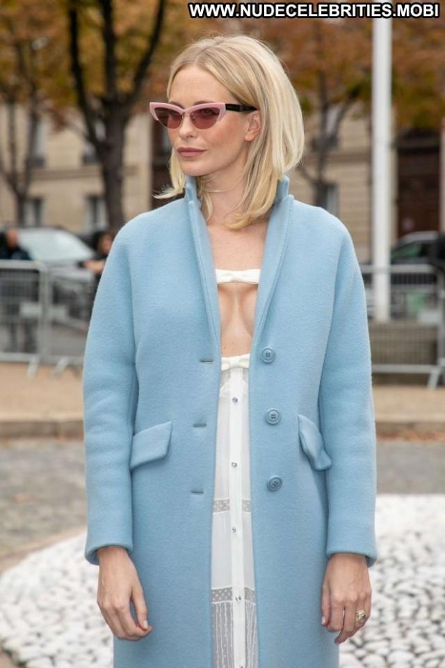Poppy Delevingne Fashion Show  Fashion Paris Posing Hot Babe