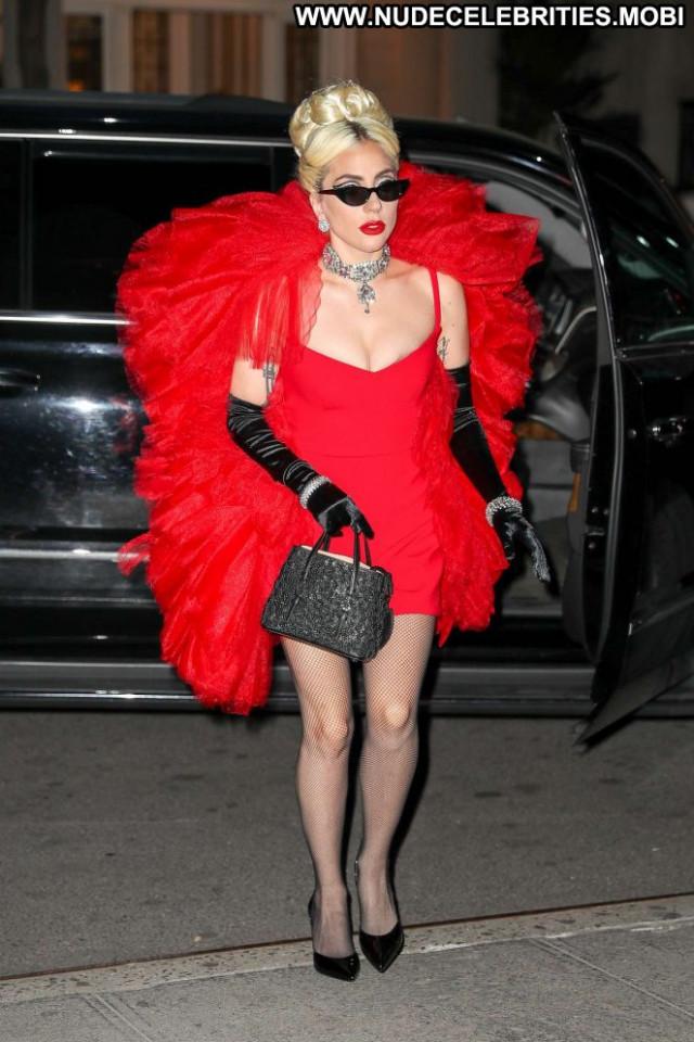 Lady Gaga New York Paparazzi Beautiful Gag New York Posing Hot Babe