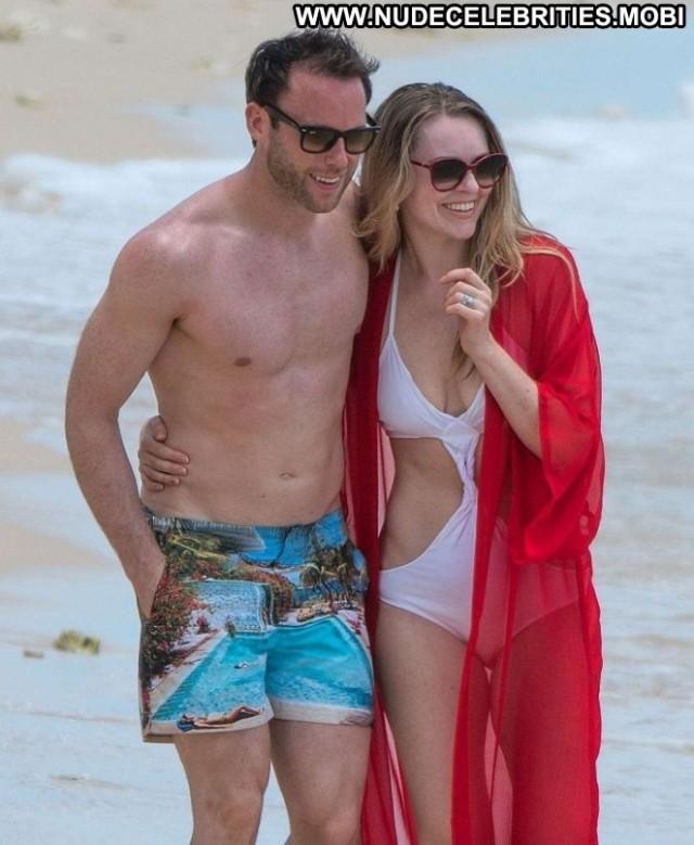 Zoe Salmon The Beach  Babe Bar Posing Hot Paparazzi Celebrity