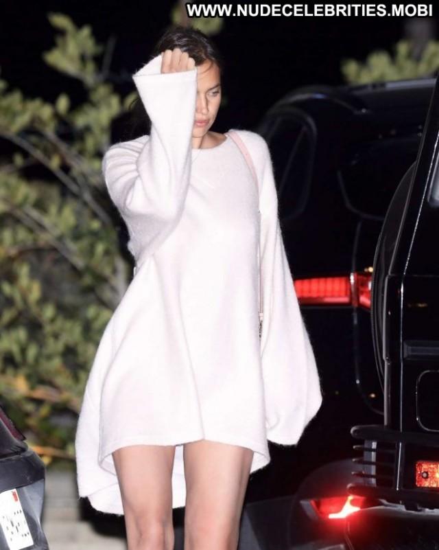 Irina Shayk Los Angeles Posing Hot Bra Babe Beautiful Paparazzi Los