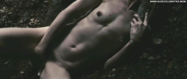 Charlotte Gainsbourg Antichrist Couple Legs Horror Sex Celebrity