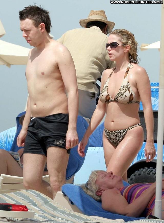 Lucy Benjamin Sex Scene Babe Spain Posing Hot Celebrity Bikini