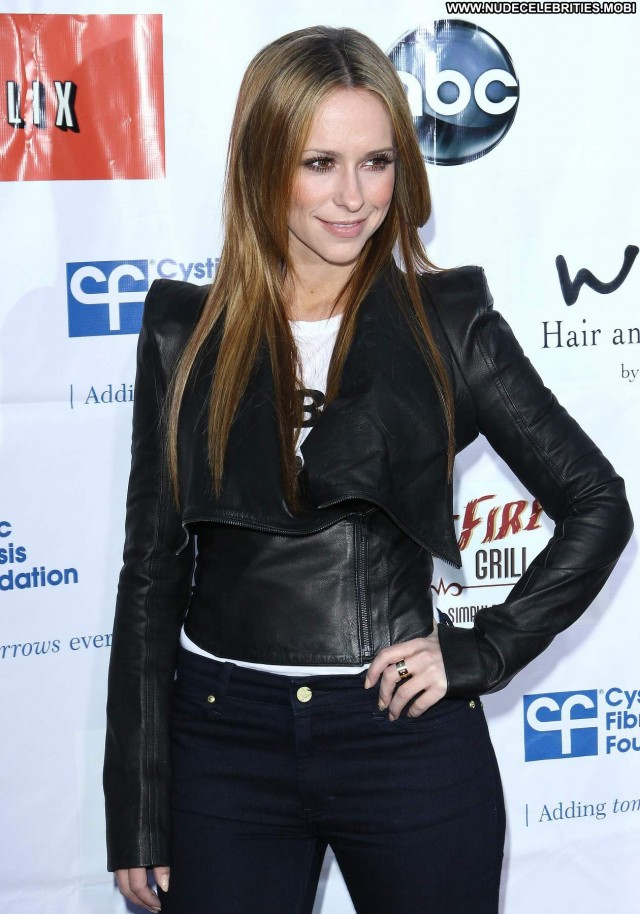 Jennifer Love Hewitt Ghost Whisperer Party Beautiful Babe