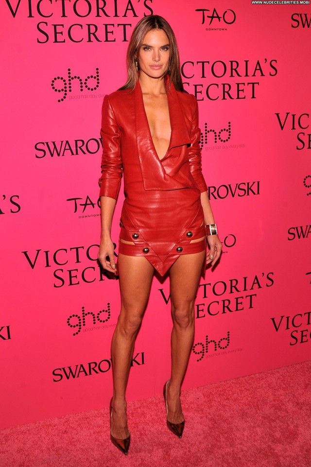 Alessandra Ambrosio New York Party Babe Beautiful Celebrity High