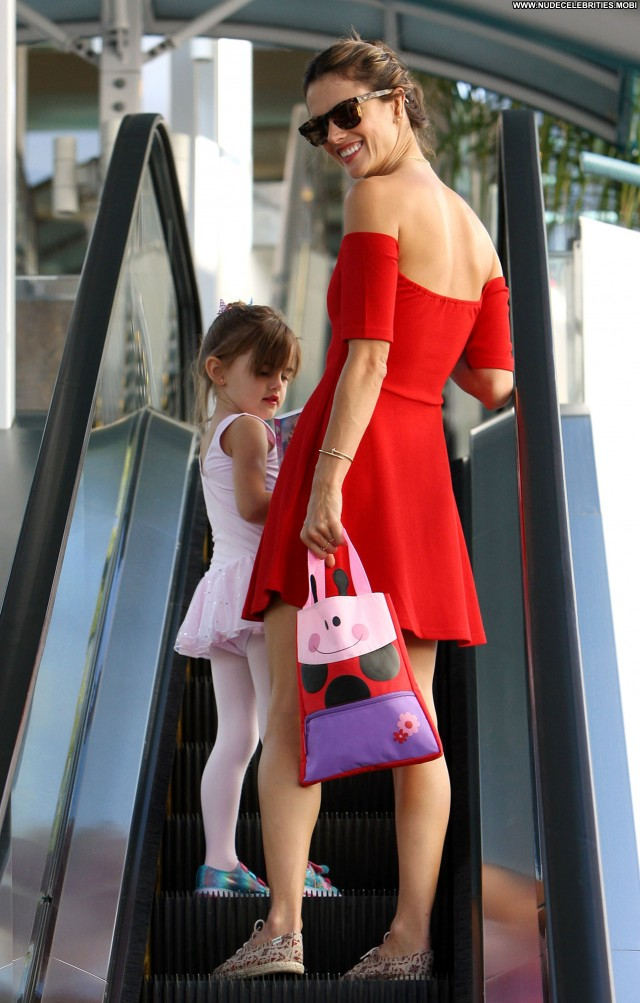 Alessandra Ambrosio Los Angeles Celebrity High Resolution Babe Posing