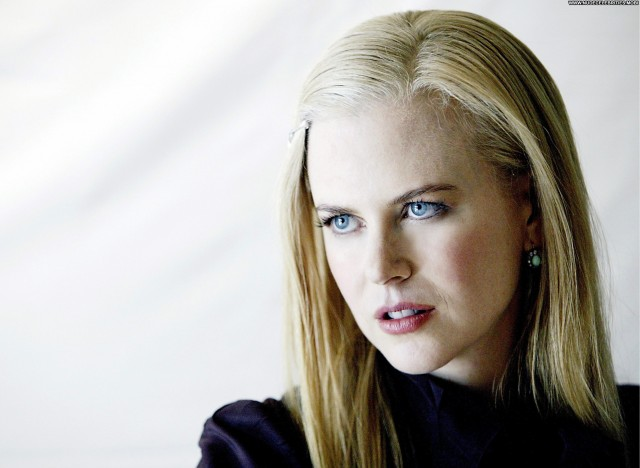 Nicole Kidman No Source Posing Hot Babe Beautiful High Resolution