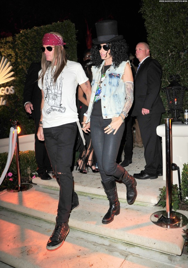 Cindy Crawford Halloween Party In Beverly Hills Husband Babe