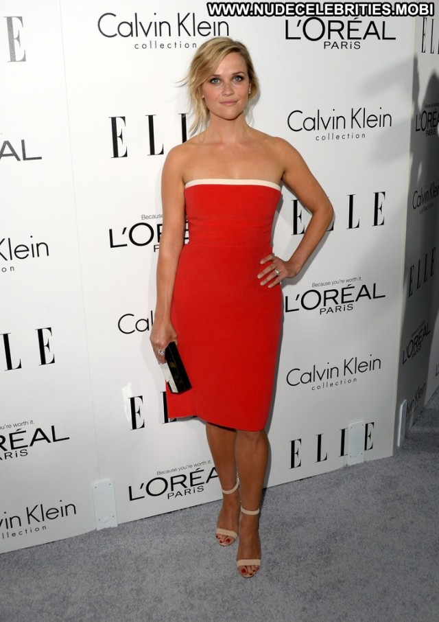 Reese Witherspoon Beverly Hills  High Resolution Posing Hot Celebrity