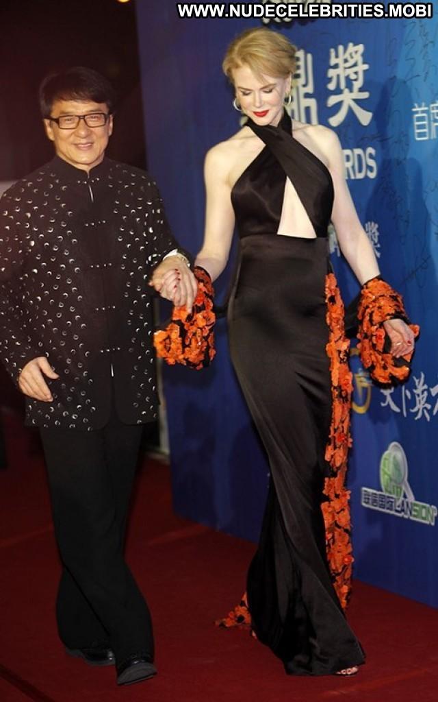 Nicole Kidman High Resolution Awards Beautiful Posing Hot