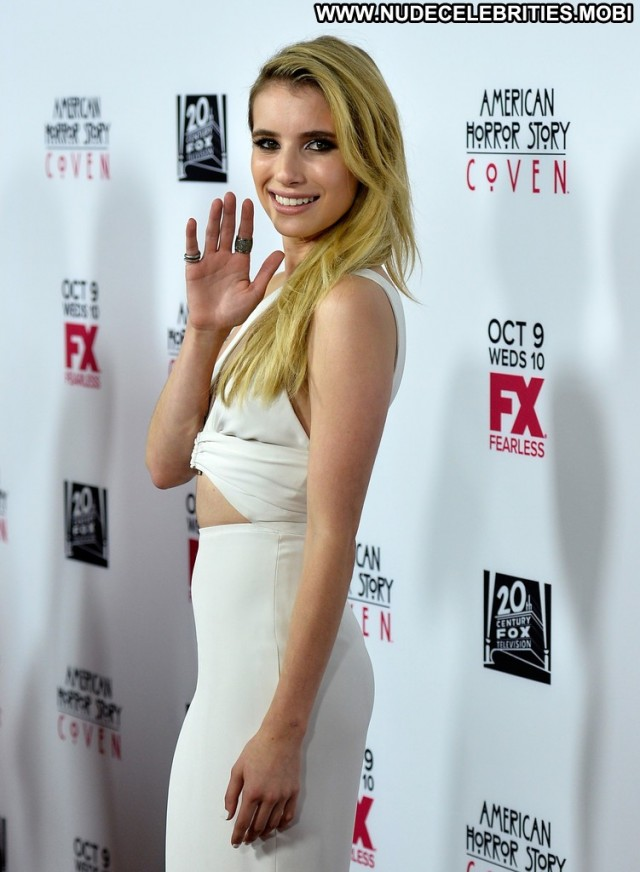 Emma Roberts American Horror Story Posing Hot Babe High Resolution