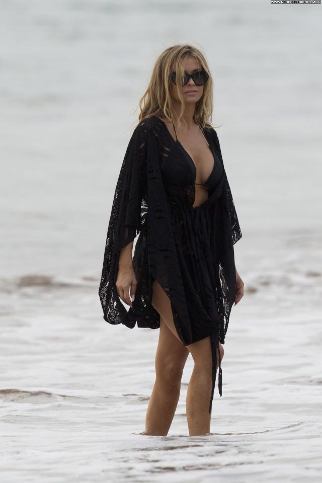 Carmen Electra Photoshoot Beautiful Beach Posing Hot Photoshoot High
