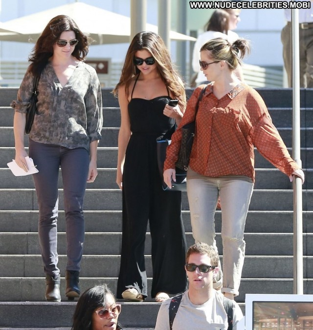 Selena Gomez No Source Celebrity Beautiful High Resolution Posing Hot