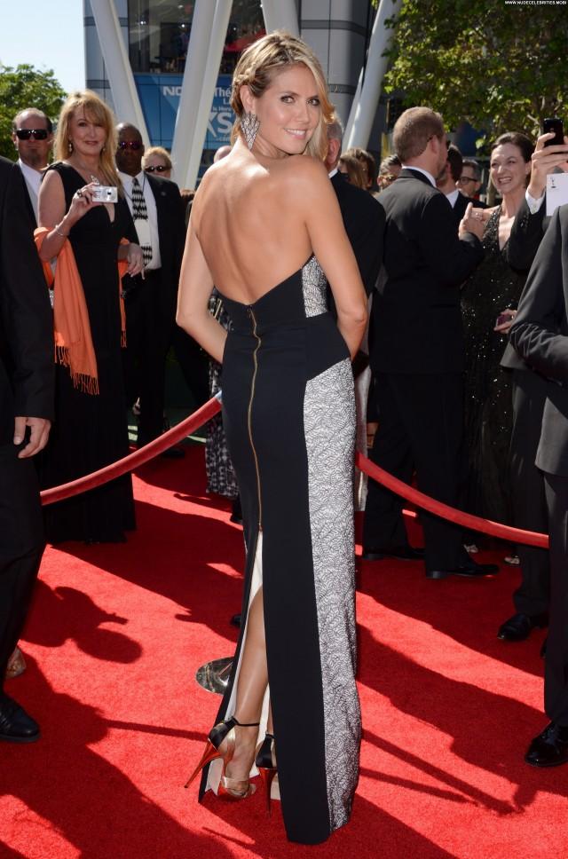 Heidi Klum Emmy Awards Beautiful Babe Posing Hot Celebrity High