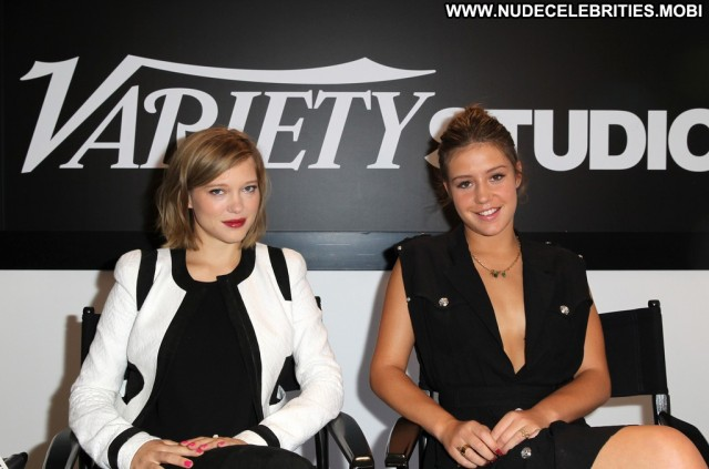 Adele Exarchopoulos No Source Babe High Resolution Posing Hot