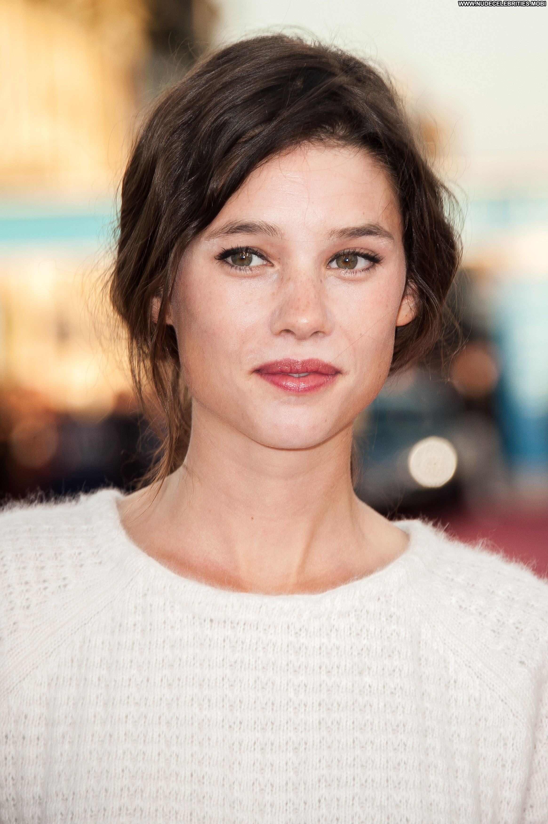 Astrid Berges-frisbey No Source Celebrity Beautiful Babe