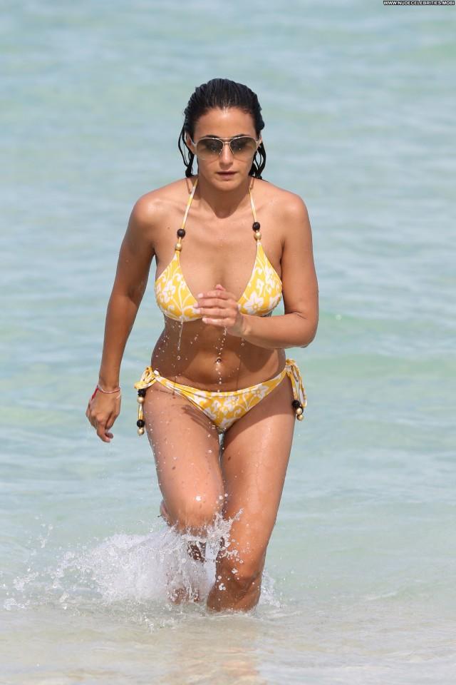 Emmanuelle Chriqui Emmanuelle High Resolution Babe Beautiful Bikini