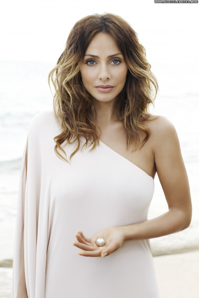 Natalie Imbruglia No Source Celebrity Beautiful Babe Posing Hot