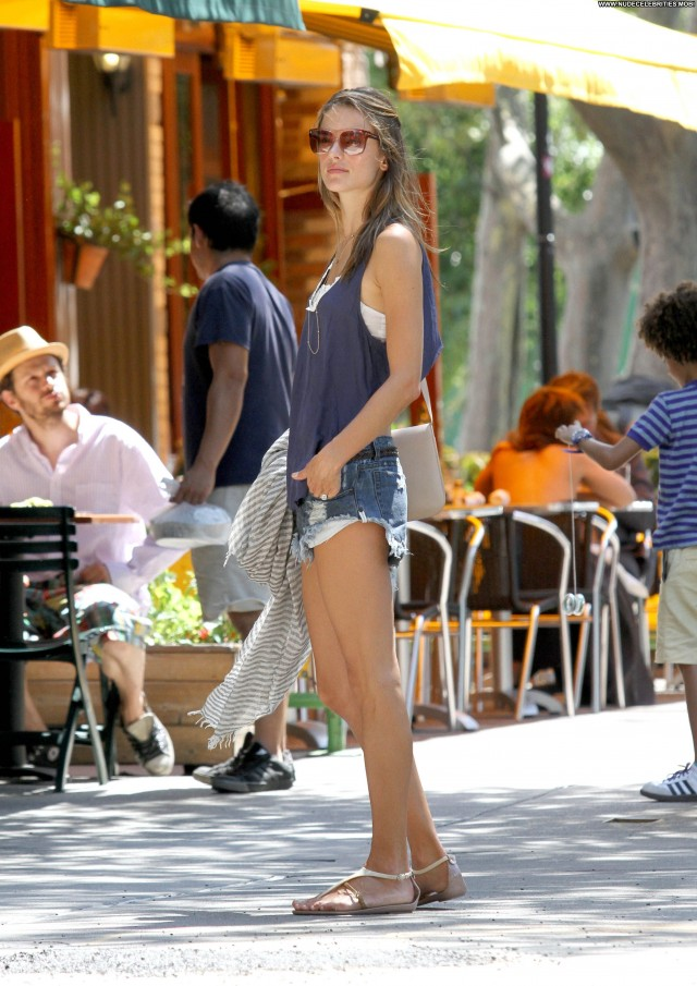 Alessandra Ambrosio Beverly Hills Babe Nyc Posing Hot Beautiful Car
