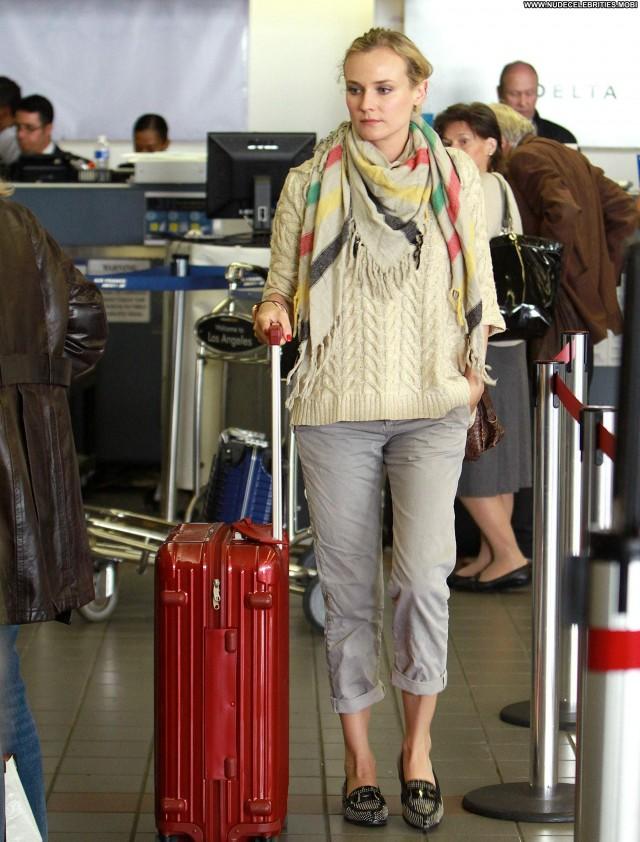 Diane Kruger No Source Beautiful High Resolution Babe Posing Hot