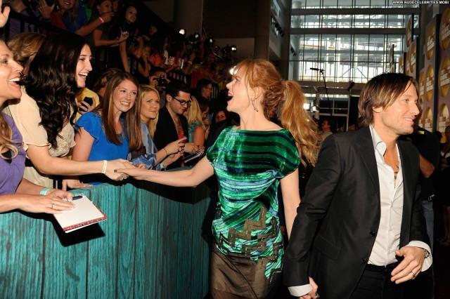 Nicole Kidman Cmt Music Awards Beautiful Babe Posing Hot High