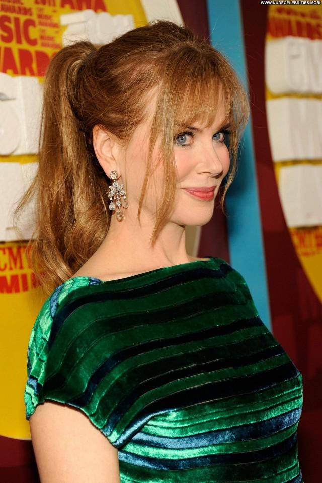 Nicole Kidman Cmt Music Awards Posing Hot Babe Beautiful High