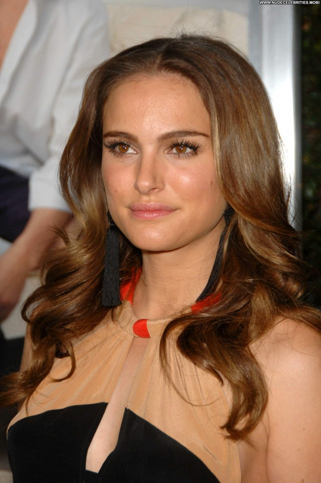 Natalie Portman No Strings Attached Celebrity High Resolution