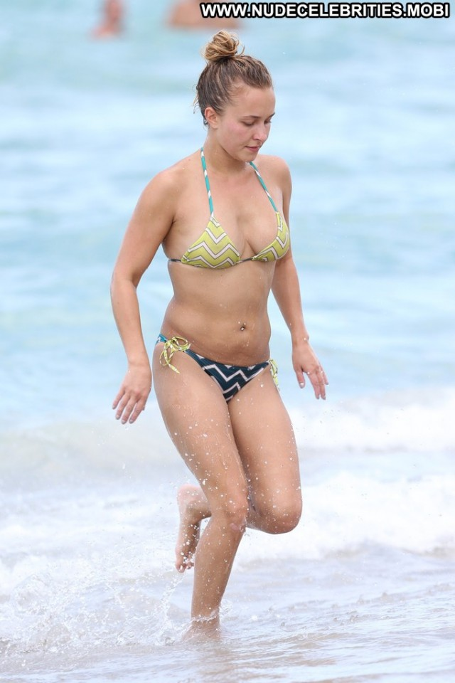 Hayden Panettiere Miami Beach High Resolution Beach Bikini