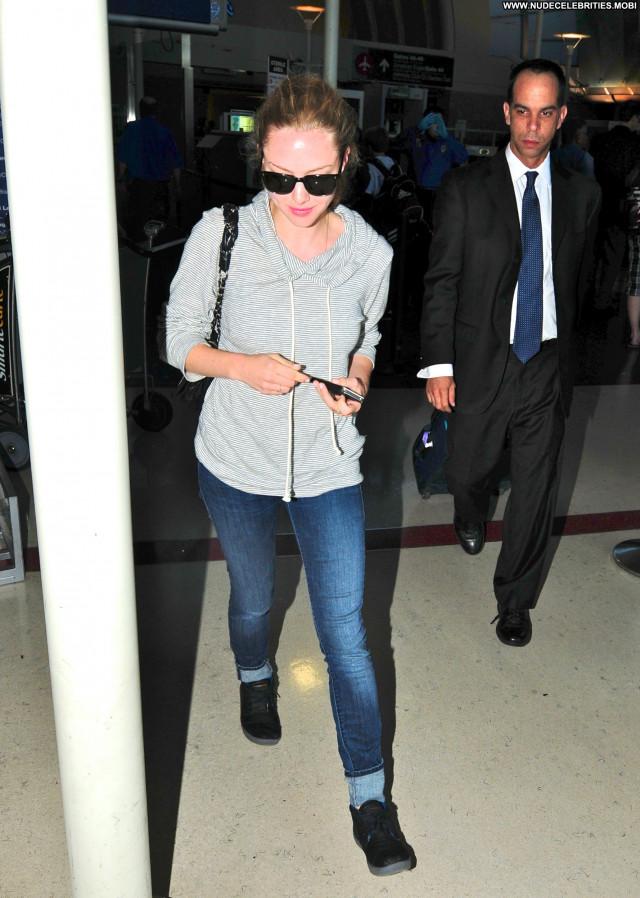 Amanda Seyfried Lax Airport Celebrity Beautiful Posing Hot Babe Lax
