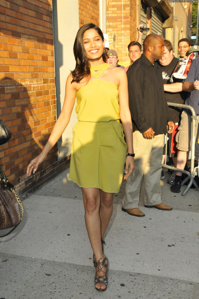 Freida Pinto Manhattan Beautiful Babe Posing Hot Celebrity High