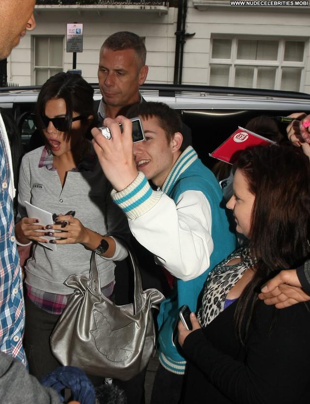 Selena Gomez Celebrity High Resolution Babe Posing Hot London