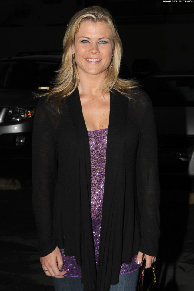 Alison Sweeney The Voice Beautiful Party Live High Resolution