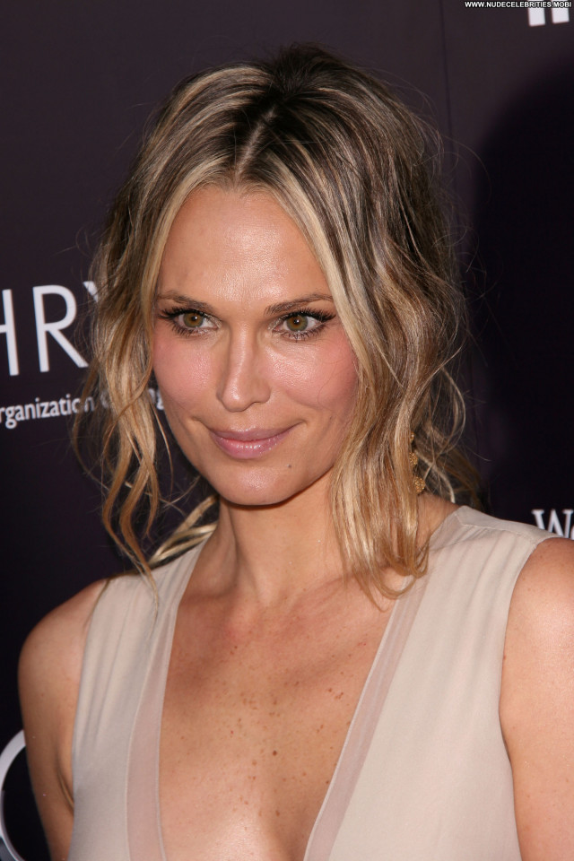 Molly Sims Butterfly Posing Hot Babe Celebrity Beautiful High