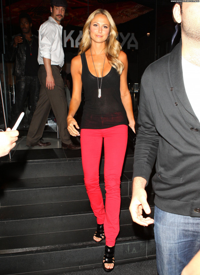 Stacy Keibler Katsuya Restaurant Posing Hot High Resolution