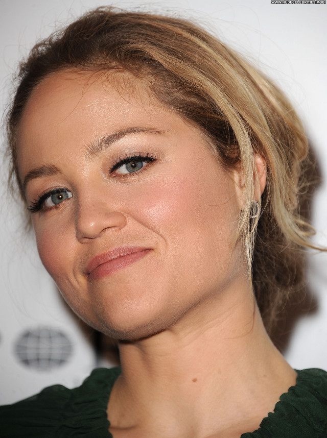 Erika Christensen Celebrity Celebrity Babe Posing Hot Beautiful Stage