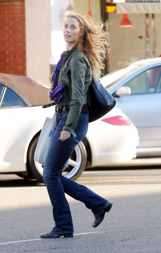 Elizabeth Berkley Beverly Hills High Resolution Celebrity Posing Hot