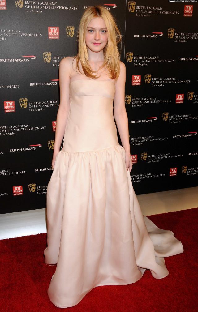 Dakota Fanning Los Angeles Celebrity High Resolution Posing Hot