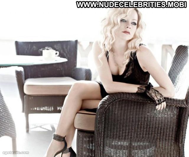 Avril Lavigne Vanity Fair Italy Babe Celebrity Posing Hot Canada Hot