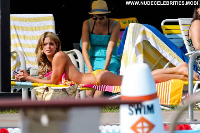 Ashley Greene Staten Island Summer Usa Summer Candids Movie Beautiful