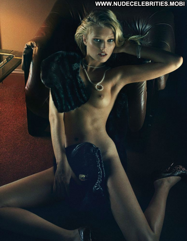 Alessandra Ambrosio W Magazine Model Interview Magazine Babe