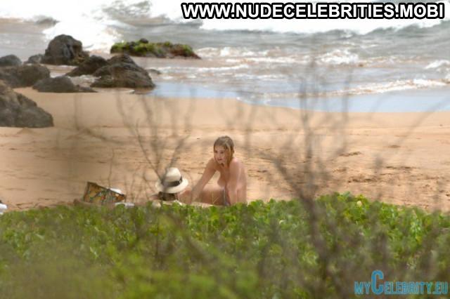 Ashley Benson The Beach Beach Babe Celebrity Usa Topless Hawaii