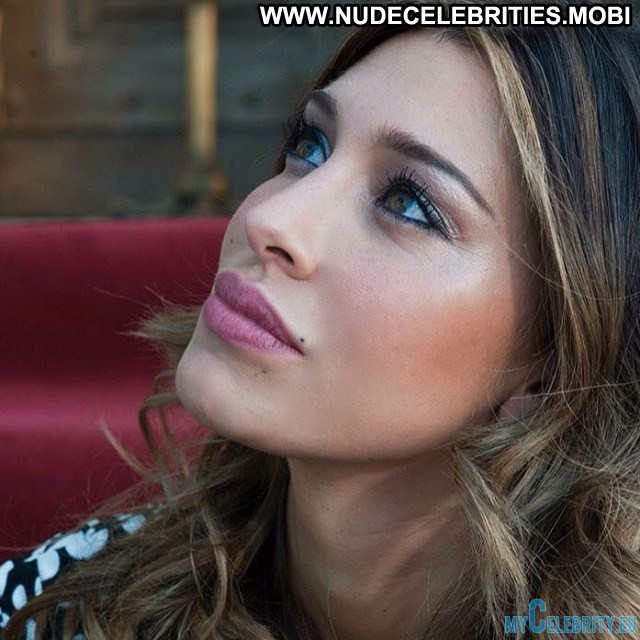 Belen Rodriguez No Source Celebrity Beautiful Babe Posing Hot