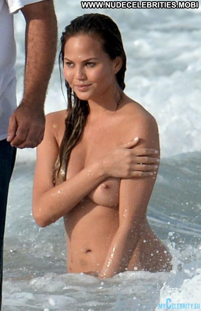 Chrissy Teigen Topless Photoshoot Posing Hot Beautiful Beach Babe