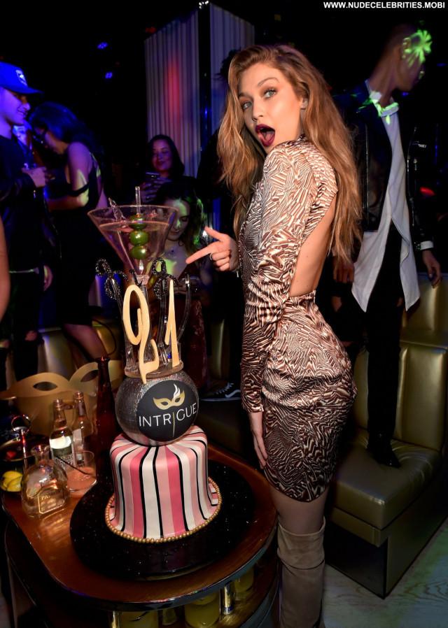 Gigi Hadid Las Vegas Beautiful Usa Babe Birthday Posing Hot Celebrity