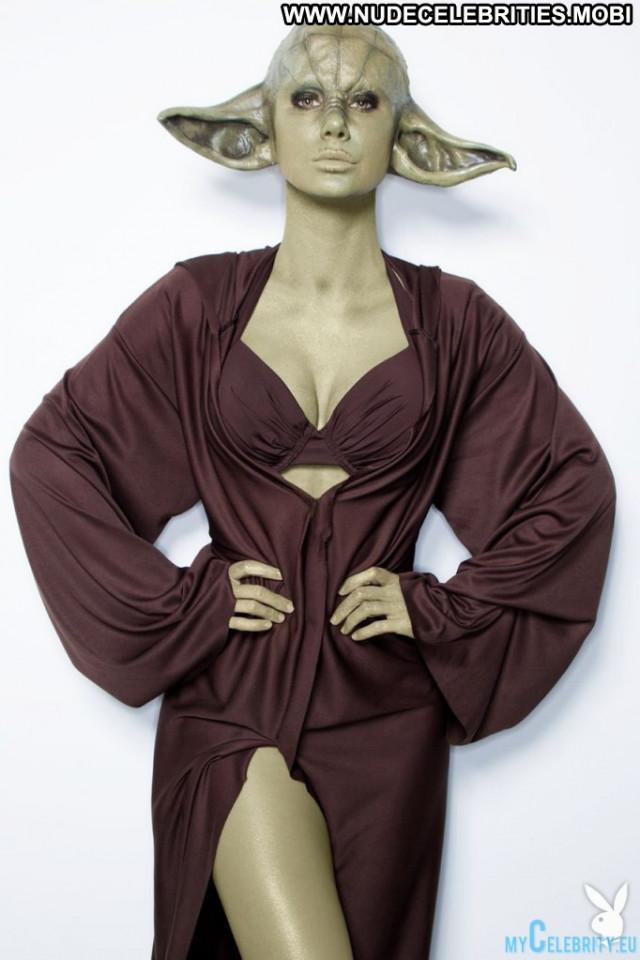 Sara Jean Underwood First Time Photoshoot Usa Beautiful Posing Hot