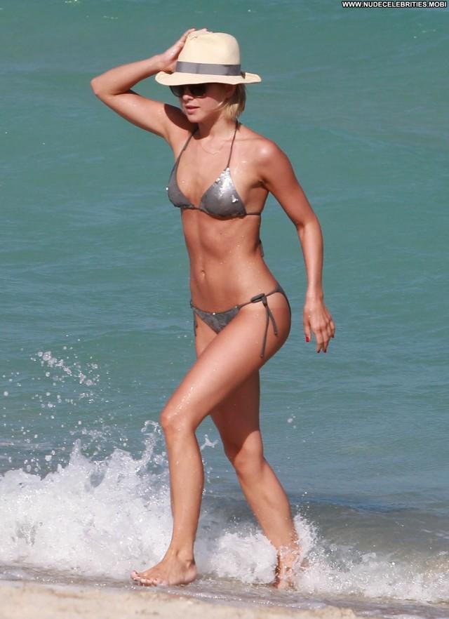 Dua Lipa The Image Babe Posing Hot Beautiful Celebrity Topless Nude