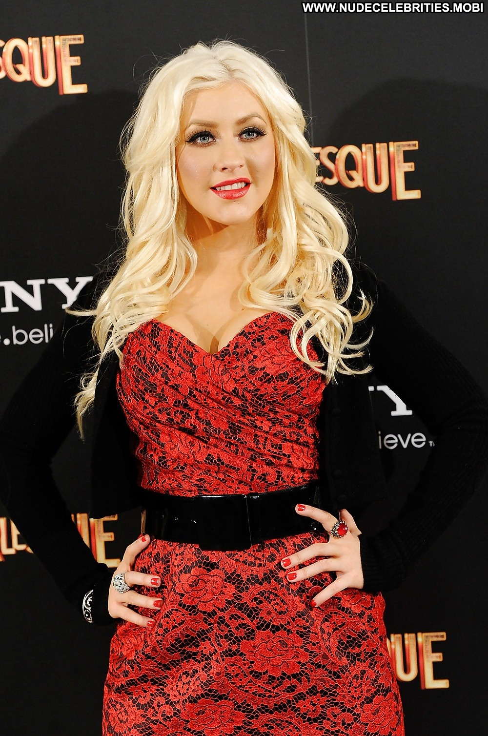 Free nude pictures of celebrity christina aguilera