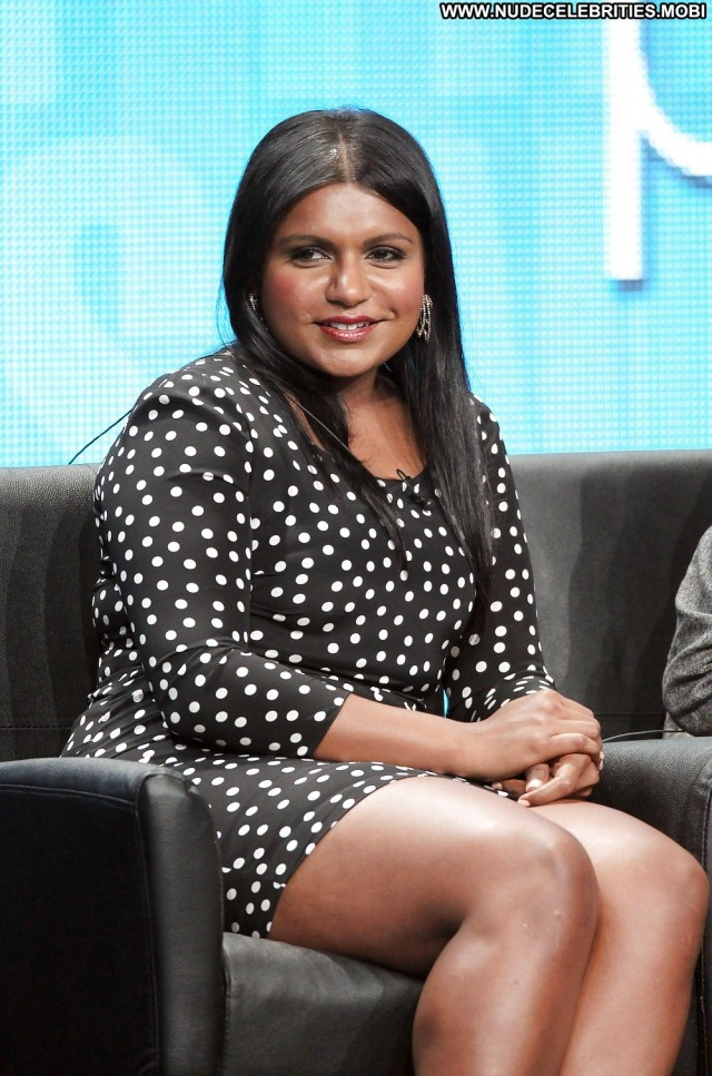 Mindy Kaling Pictures Celebrity Beautiful Asian Sexy Actress Cute