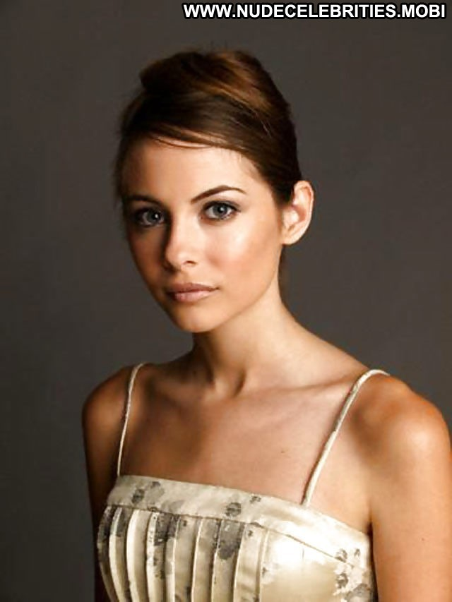 Willa Holland Pictures Celebrity Teen