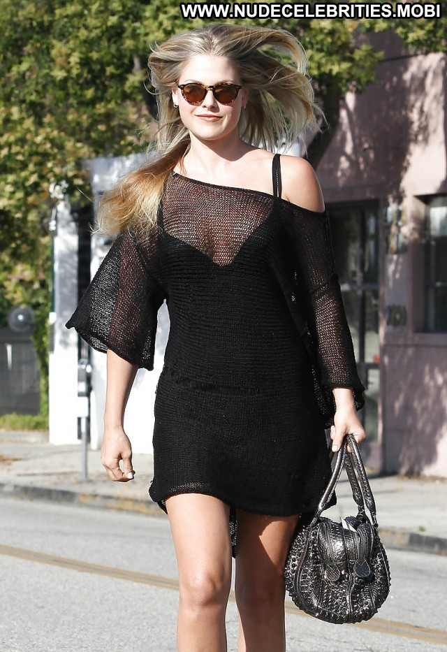 Ali Larter Pictures Celebrity Hot Mom Big Tits Sexy Boobs