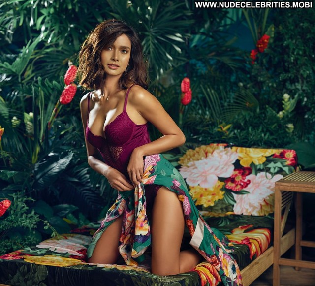 Erich Gonzales No Source Filipina Posing Hot Asian Beautiful